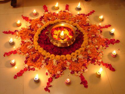 Make colorful Rangoli with traditional flower at your door during Diwali festival #diwalirangoli