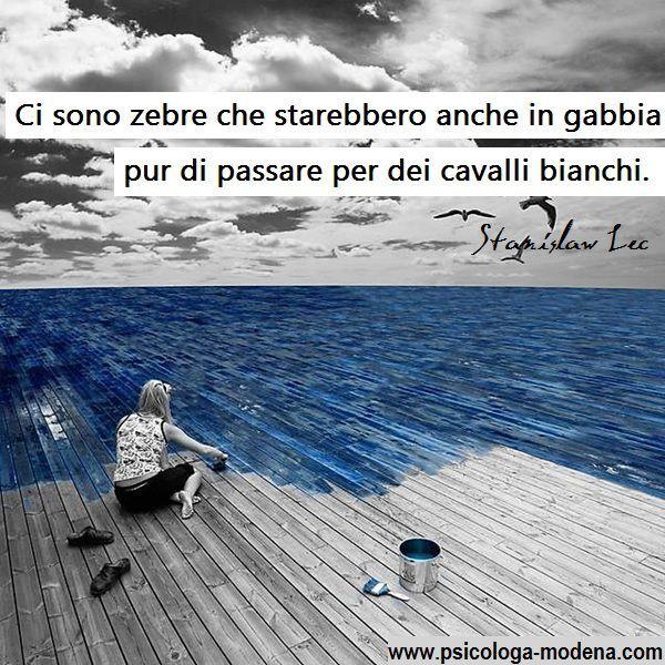 La coerenza è comportarsi come si è, e non come si è deciso di essere. S. Pertini #coerenza #aforisma