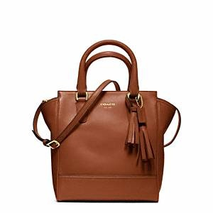 There's just something about @Coach cognac legacy leather that I can't get enough of...