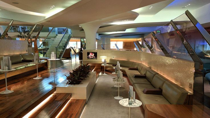 Business Traveller - tried and tested review of London Heathrow Clubhouse