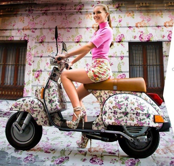 roses are red violets are blue wrap scooter vespa sweet flowers scooters motor bike wrap. Black Bedroom Furniture Sets. Home Design Ideas