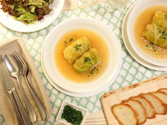 ソーセージを使えばお手軽簡単~♪キャベツと玉ねぎの優しい甘さが美味しい~!!ローリエとにんにく香る~☆シンプルソーセージロールキャベツ煮込み1 -Recipe No.1605-