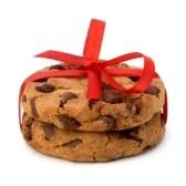 Feestelijk Verpakt Chocolade Gebakje Cookies Geïsoleerd Op Witte Achtergrond Royalty-Vrije Foto, Plaatjes, Beelden En Stock Fotografie. Image 9815945.