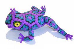 Ravelry: African Flower - Tzarevna (she)Frog species pattern by nnattalli m. $6.50 for pattern 6/14.