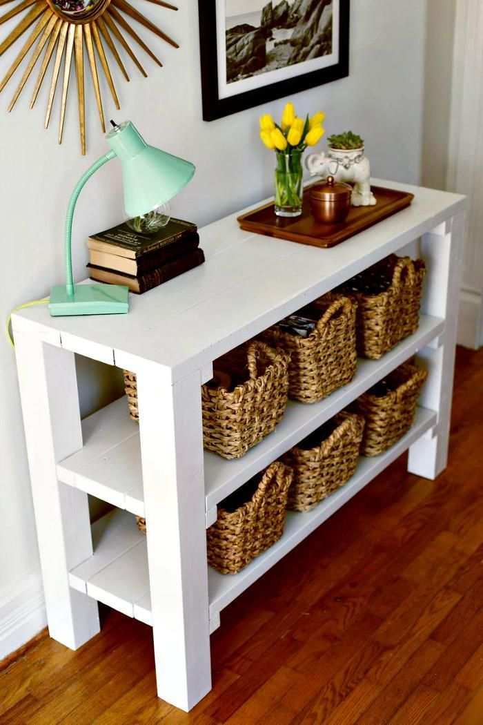 Entryway Key Throw DIY Table - 25 Best DIY Entryway Table Ideas with Tutorials - DIY & Crafts