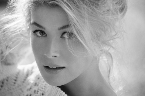 Rosamund Pike. She's be in everything from Foyle's War and James Bond, to Jane Austen's Pride And Prejudice.