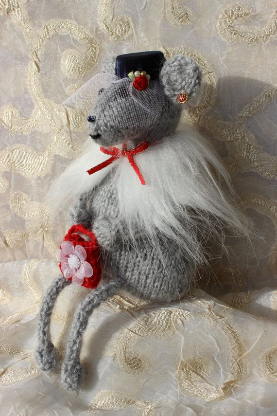 Knitted Mouse Lady MouseWomanSpades Mouse Home Decor от ToysPretty