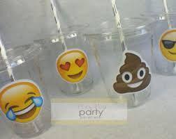 Resultado de imagen para fiesta emoji