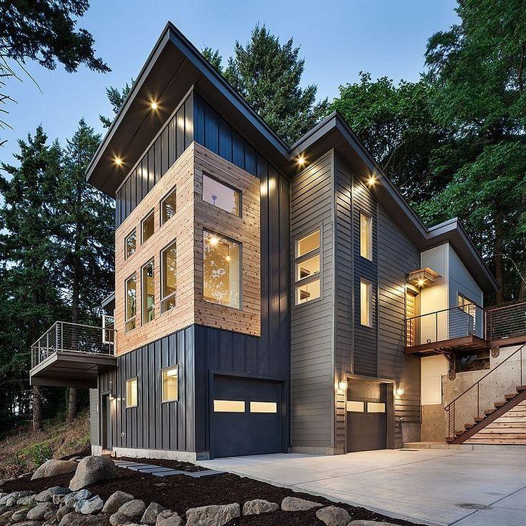 Hilltop House by Jordan Iverson Signature Homes
