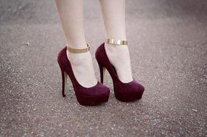 maroon pumps for texas state graduation!