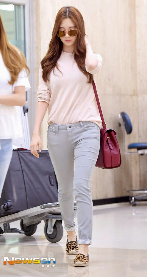 Seohyun 39 S Casual Style Snsd Fashion Style Airport Redcarpet Events Pinterest Style