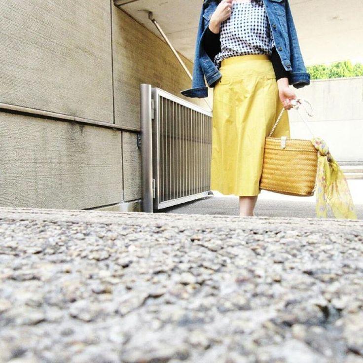 ��refresh�� * * 今日もこちらへ�� 気分転換には、素晴らしい景色を山の上から見晴らすのが一番✨ いやなことも一掃❗ * * #ファッション#今日のファッション#fashion#コーディネート#今日のコーディネート#code#codenate#今日の服#おちびコーデ#アラフォーコーデ#40代コーデ#お洒落な人と繋がりたい#お洒落さんと繋がりたい#きれいめコーデ#スナップミー#ビュースタグラマー#ponte_fashion#kaumo_fashion#ootd#ootd_kob#instafashion http://butimag.com/ipost/1491979362542484826/?code=BS0k1NMjv1a