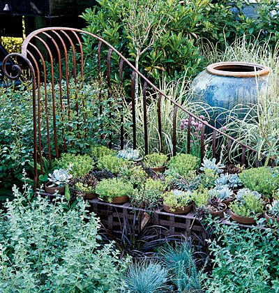 """antique daybed made up with a """"quilt"""" of potted sedums: Irons Beds, Gardens Beds, Gardens Design Ideas, Succulents Gardens, Modern Gardens Design, Flowers Beds, Fleas Marketing Finding, Antique, Interiors Gardens"""