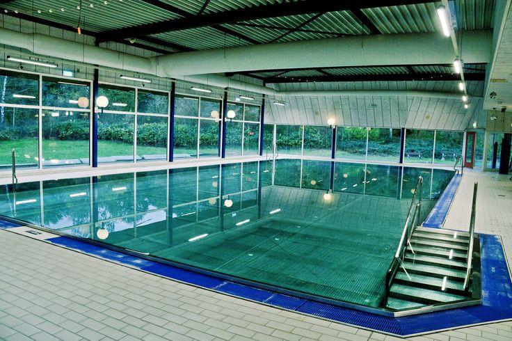 sportban zwembad Haren, RVS warm bad!