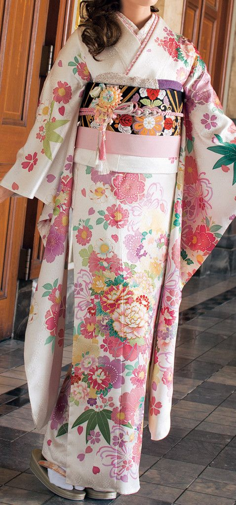 RP: World of Beautiful Kimono - Furukode, Kimono for Coming-of-age Ceremony #furisode