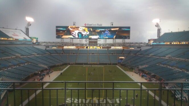 Everbank Field in the rain 2 hours prior to kick off.  I love this stadium.  Largest scoreboards anywhere!