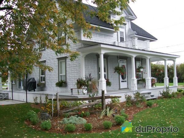1000 images about vieilles maisons du quebec on pinterest belle house and victorian. Black Bedroom Furniture Sets. Home Design Ideas