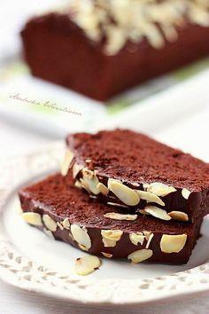 Czekoladowe ciasto z bialek