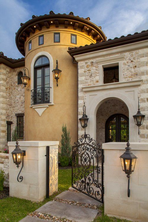 Architecture Home Eclectic old world courtyard entryway