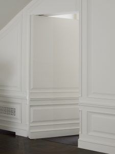 interior-doorway-dpages-q