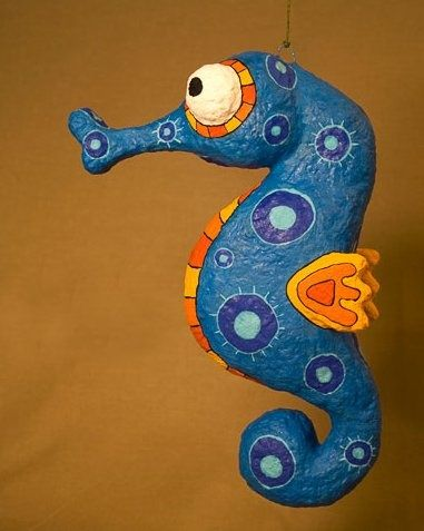 Paper Mache Seahorse | Androides. Un lugar para Terapiarte.: Arte en papel maché