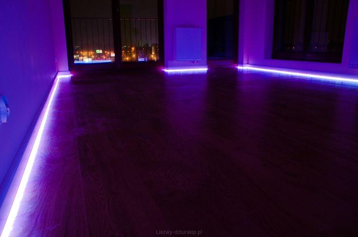 Listwy podłogowe z oświtleniem LED/ Skirting boards with LED.