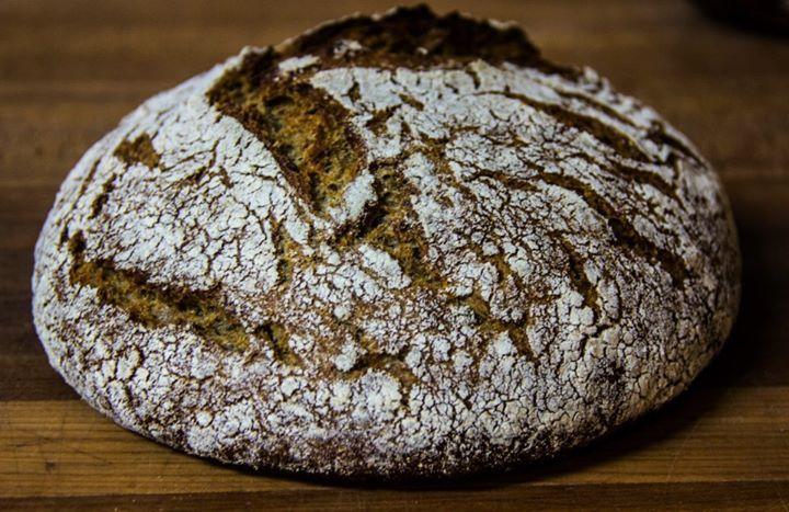 Finnish+Rye+Bread+(Ruisleipä)