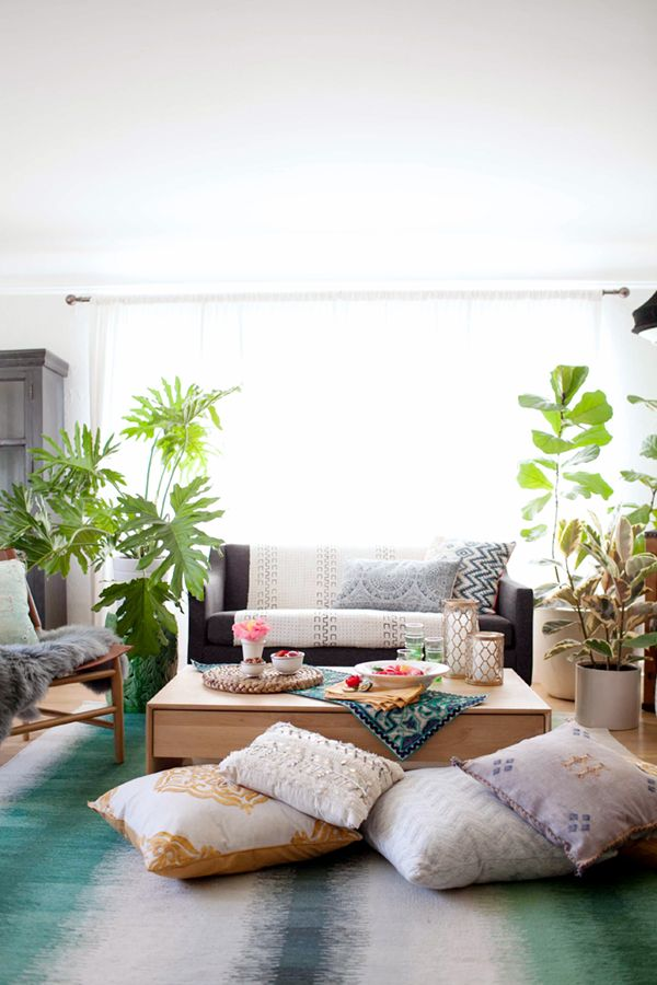 a bohemian before and after - see how we transformed this basic living room in five easy steps! | coco kelley