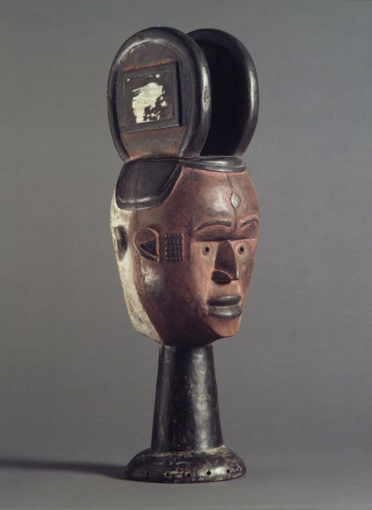 Janus-faced Dance Crest for Ekeleke Performance, southwestern Igbo, 20th century, Brooklyn Museum.