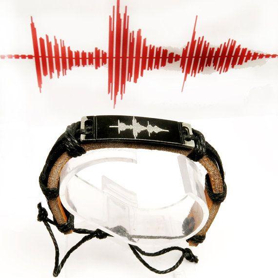 Sound waves bracelet. Personalized Womens by newyorkcustommade