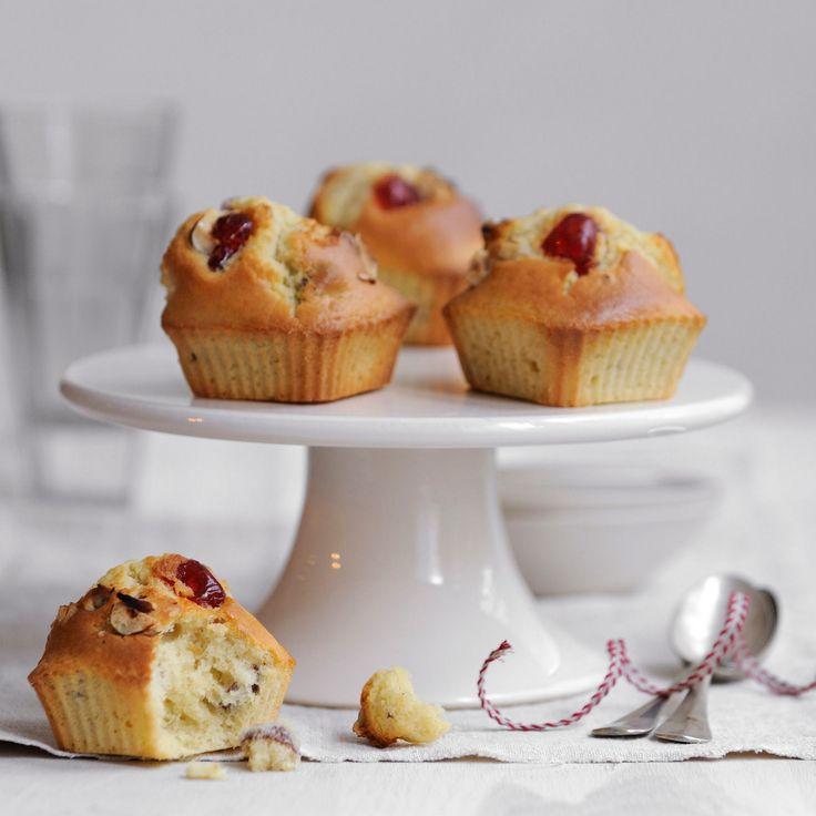 Découvrez la recette des muffins aux cerises confites