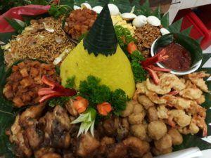 Catering tumpeng 085692092435: 0811-8888-516 Pesan Nasi Tumpeng Di Cijantung