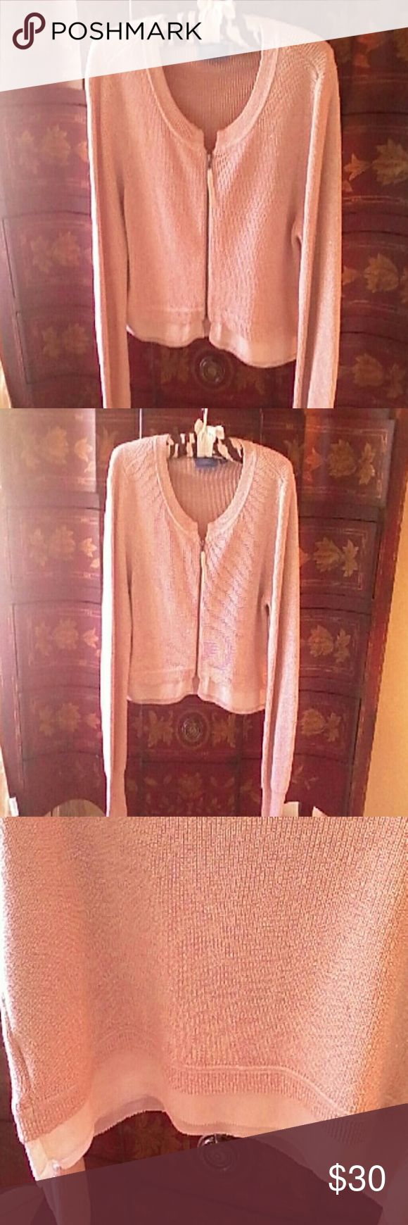 """SIMPLY VERA CROPPED CARDIGAN LG Very pretty classic Vera Wang Cardigan. I wore this one afternoon. Excellent condition. Pix appear long. From top of shoulder seam to bottom of chiffon hem measures 28"""". I would call the color creamy beige. Shoulder to hem 20"""". Smoke and pet free home. Vera Wang Sweaters Cardigans"""