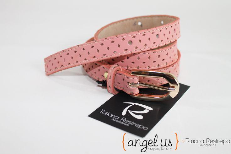 Correa delgada palo rosa Colección Angelus