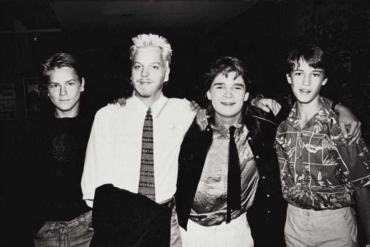 River Phoenix, Kiefer Sutherland, Corey Feldman and Wil Wheaton at the premiere of Stand By Me in Beverly Hills, 1986