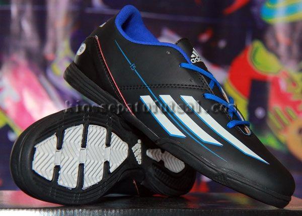 Adidas F5 Messi Hitam Strip Putih, Harga:140.000, Kode:F5 Messi Hitam Strip Putih, Cara pesan:Ketik: Pesan # Nama Lengkap # Alamat Lengkap # Kode Produk # Ukuran # jumlah # No. HP, Hub: SMS/BBM ke:8985065451/75DE12D7, Cek stok: http://kiossepatufutsal.com/adidas-2/adidas-f5-messi-hitam-strip-putih