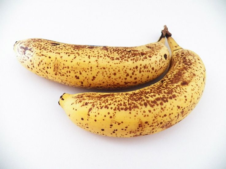 En opskrift på en fedtfattig banankage er på vej til dig! Som du nok ved, er det ikke altid, at kage og sundhed går hånd i hånd. Men det gør