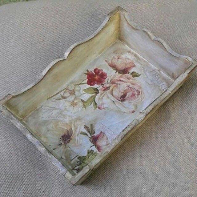 Decoupage roses shabbx chick tray