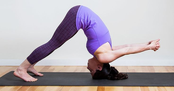 Tight shoulders radiate up your neck and into your head, causing tension headaches —this wasn't in the job description! But the tightness also causes upper- and lower-back pain and can even affect your hips. Get some instant relief by getting