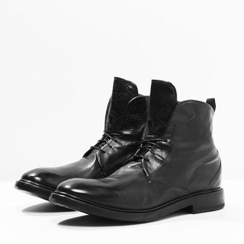 It's all about boots #preventi F/W Collection 2015 🍂 🔝👞 #style#man#fashion#men#goodyearwelted#connoseur#shoeoftheday #vsco #calfskin#fattoamano#ootdman #menwithclass#sprezzatura #globalnomads#artigianale #sartorial #instastyle #instafashion#instamode#moda #modahombre#menswear #preventi#preventishoes #manlookbook#malevogue #menoutfit #shoestagram #shoeslovers #shoesaddict