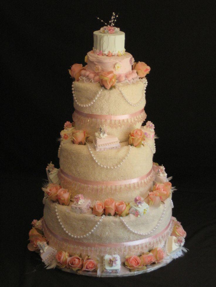 best 25 wedding towel cakes ideas on pinterest sprinkle wedding cakes rainbow round wedding. Black Bedroom Furniture Sets. Home Design Ideas