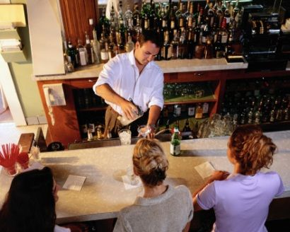 7 Things We Wish Bartenders Would Stop Doing