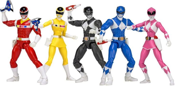 "Looks like Power Rangers in Space will also be apart of the ""Legacy Ranger"" you line. What can only be presumed to be the second series of these wonderfully detailed works of art, expect to find these articulated heroes on the shelves in the near future! Hopefully they'll continue to make all of the Rangers! #SonGokuKakarot"