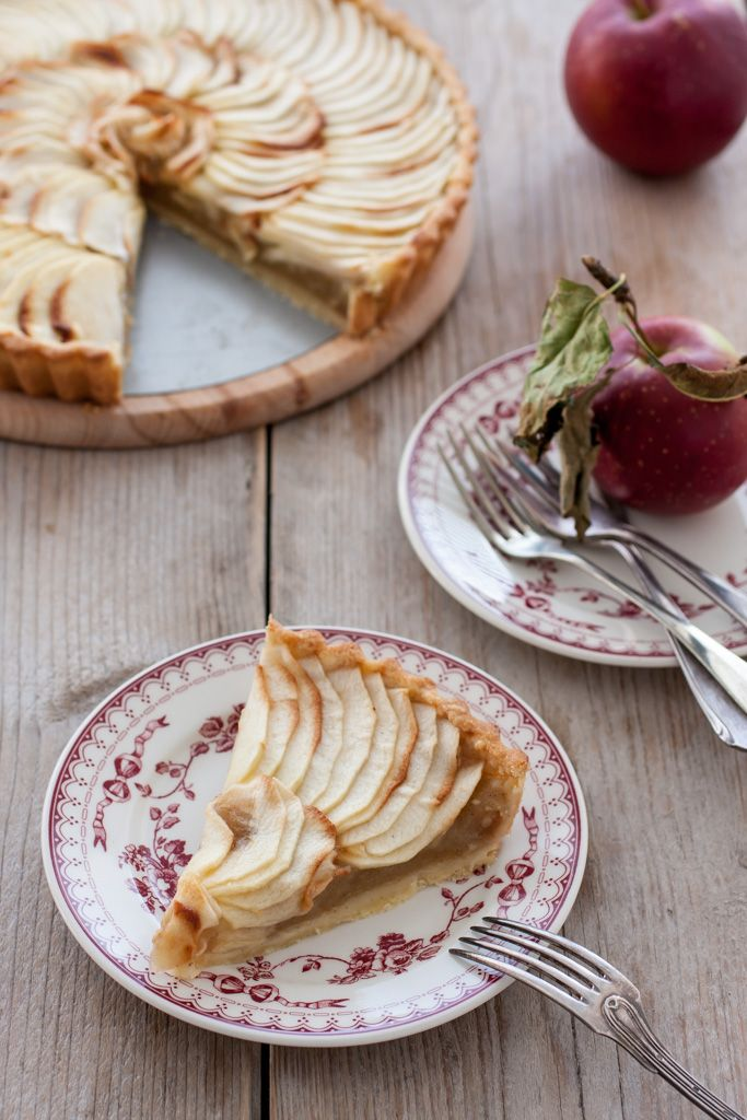Classic French Apple tart by @toetjeaddicted
