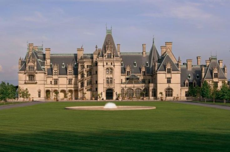 Asheville, North Carolina: Biltmore Perhaps the most famous open-to-the-public mansion, Biltmore has the distinction of being America's largest home (there are 250 rooms, total).