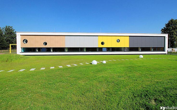 The kindergarten belonging to the Forte furniture factory in Ostrów Mazowiecka, 2015, design: (xystudio) Dorota Sibińska, Filip Domaszczyński, Marta Nowosielska, Natalia Komsta and Anna Prałat, photo: Filip Domaszczynski