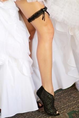 #weddingconcepts #weddingshoes #fortheloveofshoes Photography by: Zara Zoo