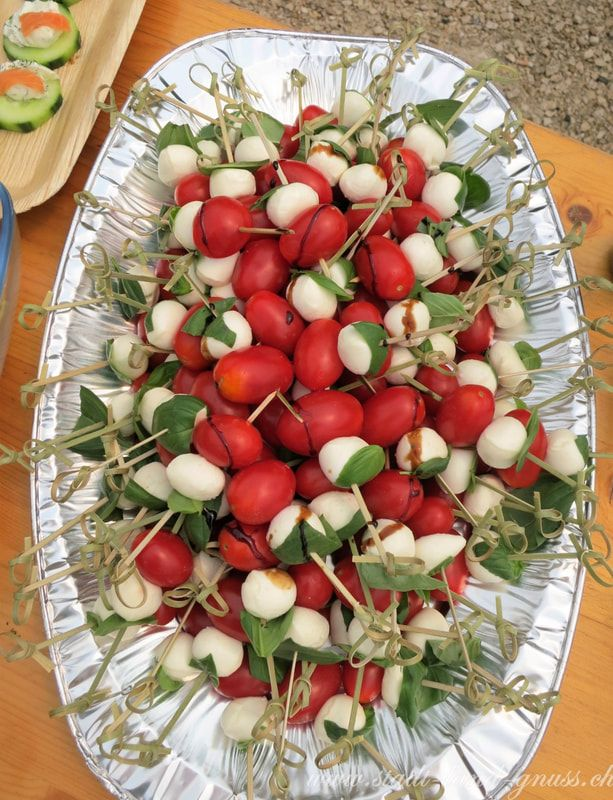 Gesunde und Schnelle Apéro Rezepte . Tomaten-Mozzarella Spiesse.