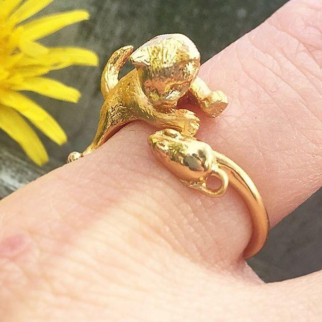 :: The Kitten & Mouse Ring ::   .  .  .  #BillSkinner #kittens #kittenring #catsofinstagram #kittensplaying #catsandmice #kitten #goldjewellery #jewellerylovers #jewellerydesign #design #fashionphotography #fashion #style #spring