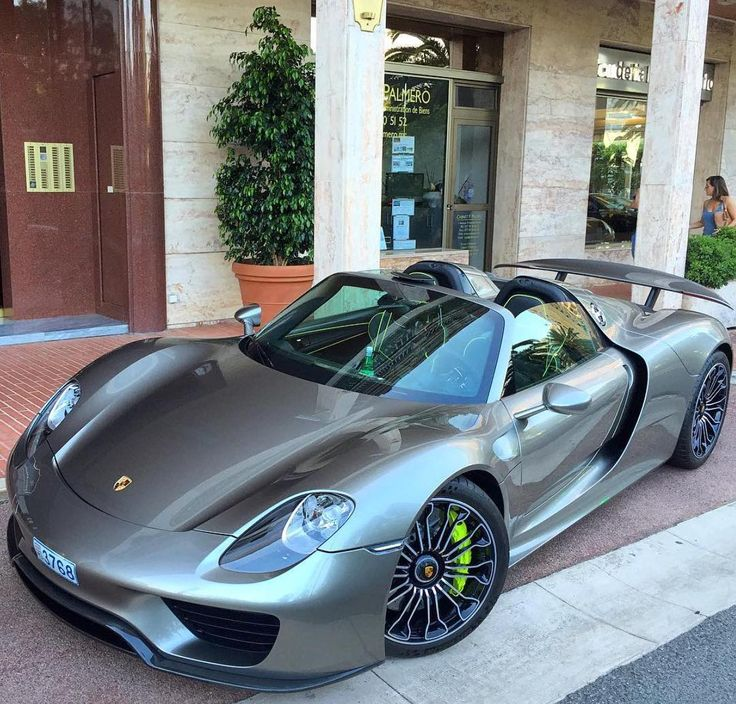 17 best images about porsche 918 spyder on pinterest dubai porsche 918 and search. Black Bedroom Furniture Sets. Home Design Ideas